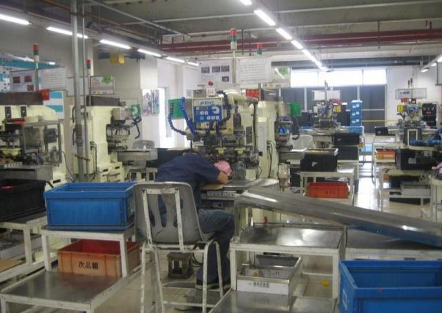 Przedświąteczny szał wchińskich fabrykach zabawek – nawet 200 nadgodzin wmiesiącu!