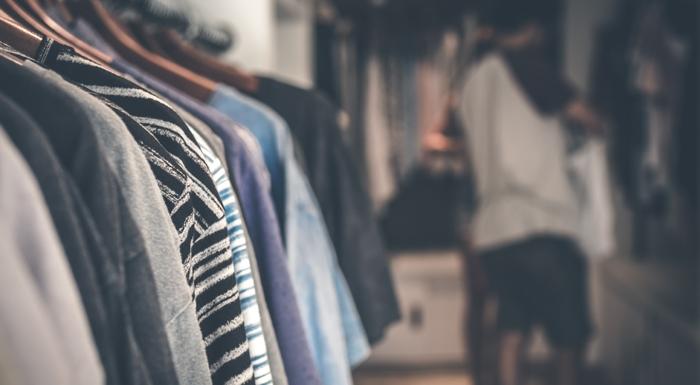 Bambus, tencel, bawełna czy poliester – zjakich materiałów wybierać ubrania?