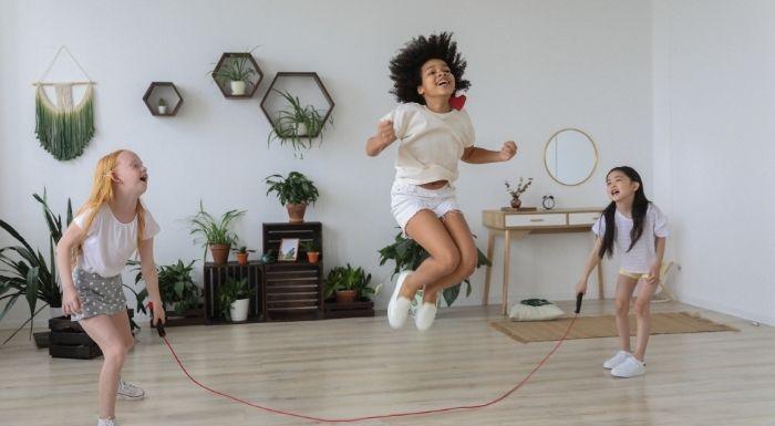Szkodliwa chemia wTwojej skakance? Sprawdź, które firmy sportowe są bezpieczne