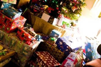 Producenci zabawek liczą zyski, azmanipulowani rodzice biorą kredyty