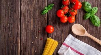 """Podziel się swoim sposobem na gotowanie Zero Waste iwygraj książkę """"Gotuję nie marnuję"""""""
