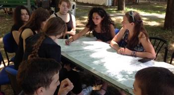 Więcej nas łączy niż dzieli. Konferencja młodzieży wBolonii.